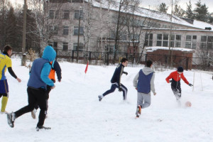 Футбол на снегу 1